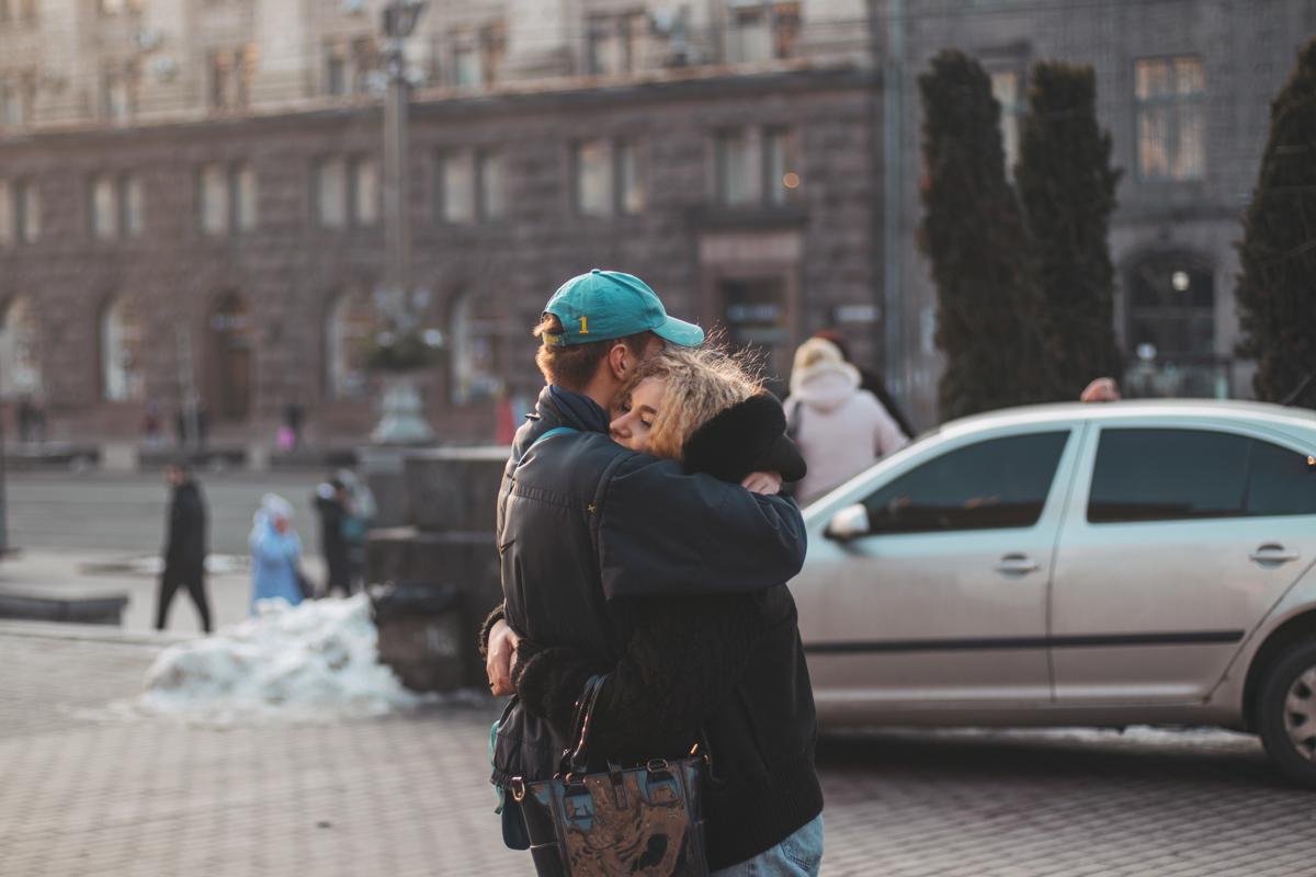 Что может быть теплее объятий любимого человека?