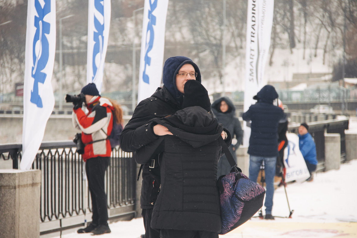 """В воскресенье, 10 февраля, в Киеве на Почтовой площади прошел марафон """"Love run"""""""