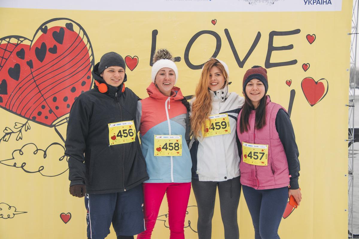 Участники одиночного забега показали отличную физическую подготовку и преодолели шесть километров дистанции самостоятельно