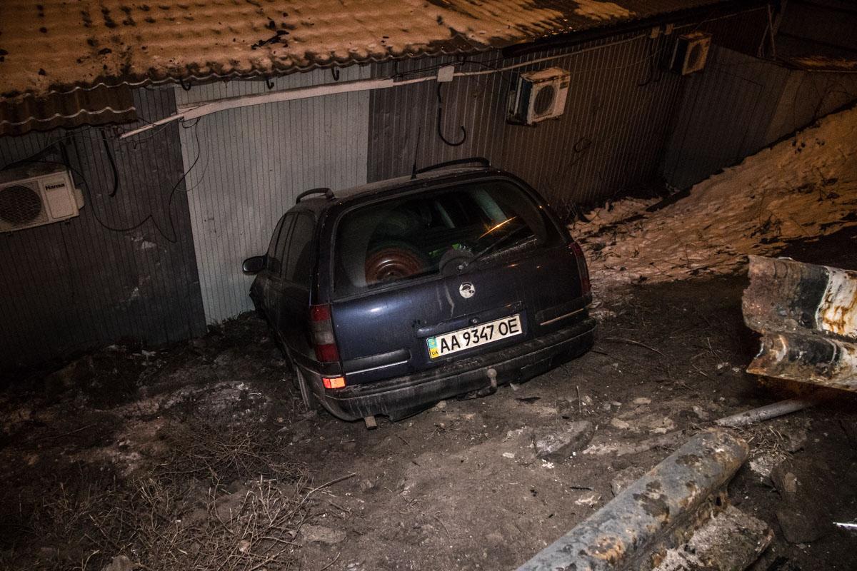 Водитель автомобиля скрылся в неизвестном направлении