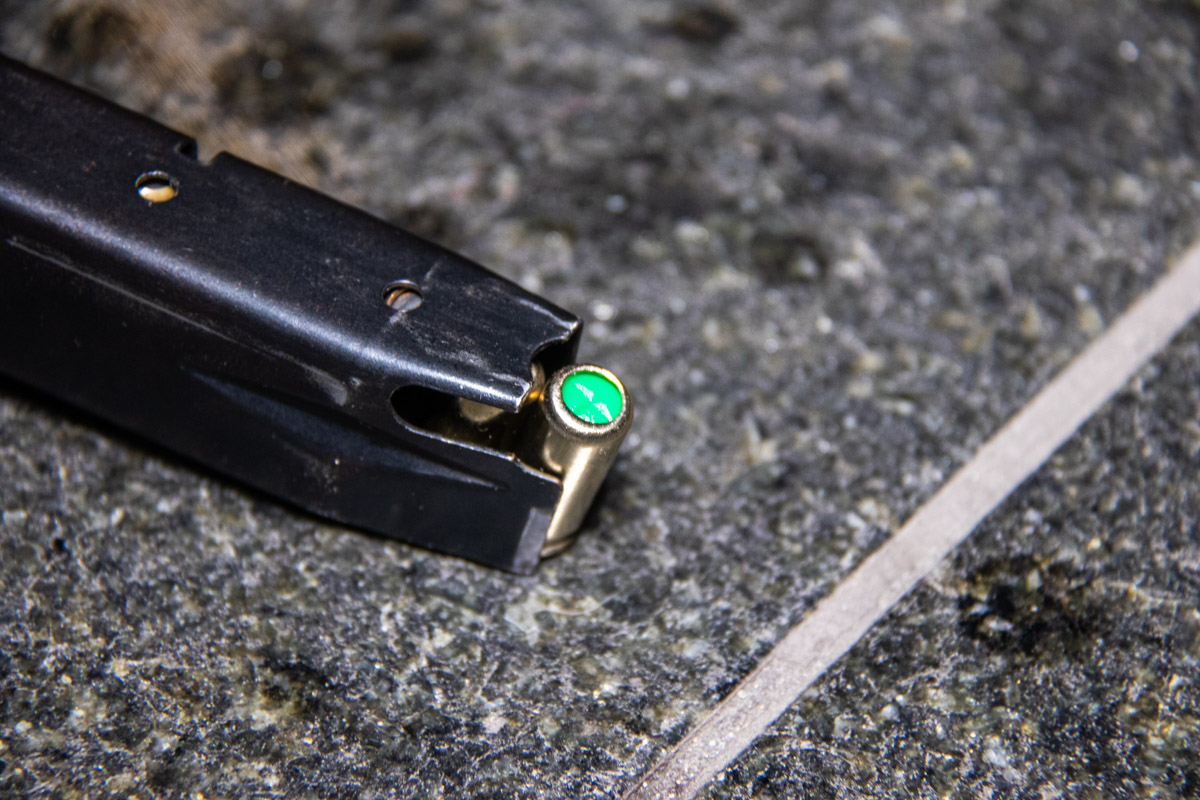 Разрешения на использование оружия у него при себе не было, но парень утверждал, что в принципе оно есть, а пьяного мужчину он не трогал