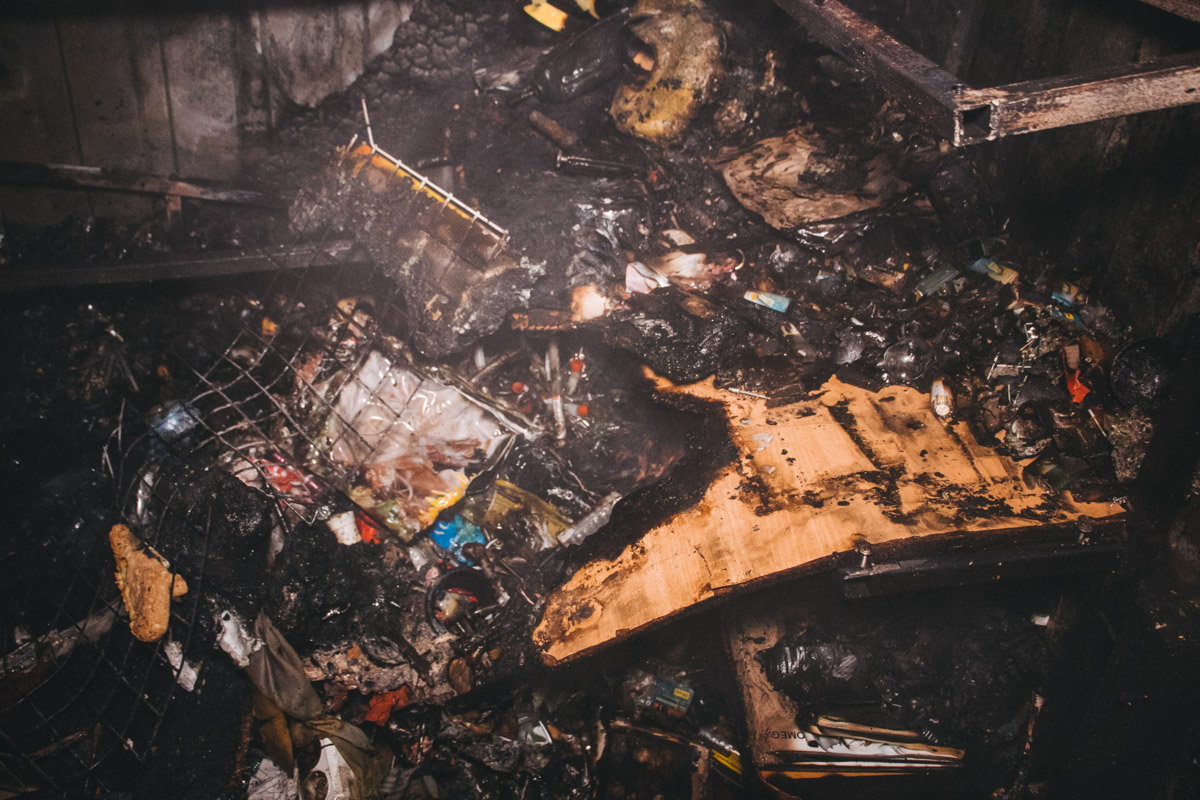 Благодаря оперативным действиям спасателей, пожар удалось локализировать около в 21:00