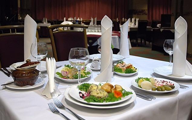 В элитном ресторане Валенсии отравились сразу 28 человек