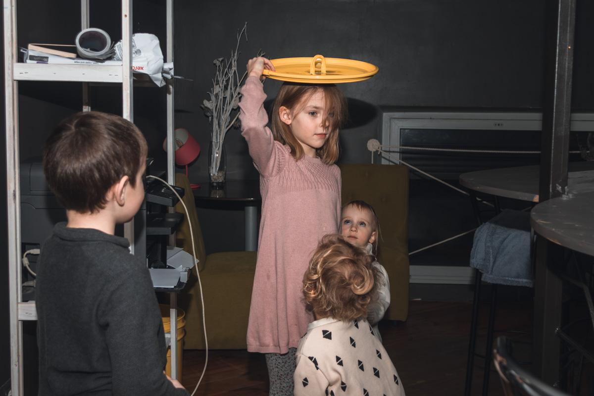 Супруги-велопутешественники считают, что самое главное - то, что их ребенок счастлив