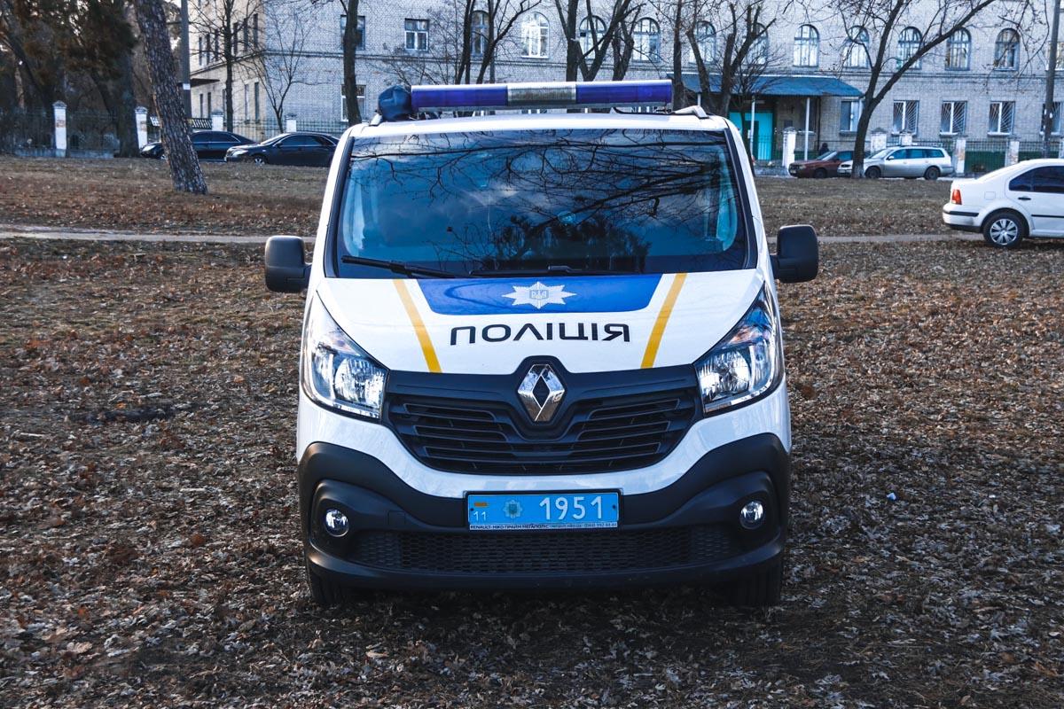 На месте работали следственно-оперативные группы главного управления и Днепровского района столицы