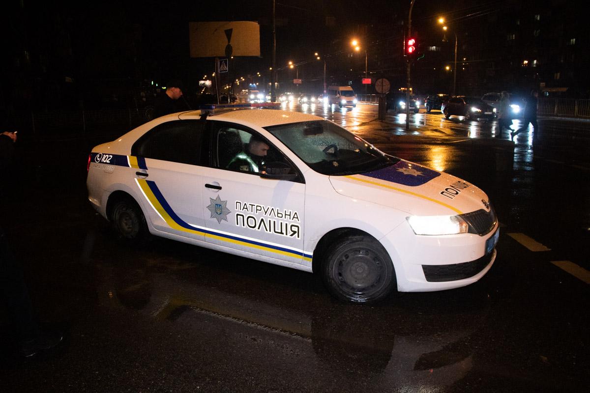 Водитель и два пассажира скрылись с места происшествия