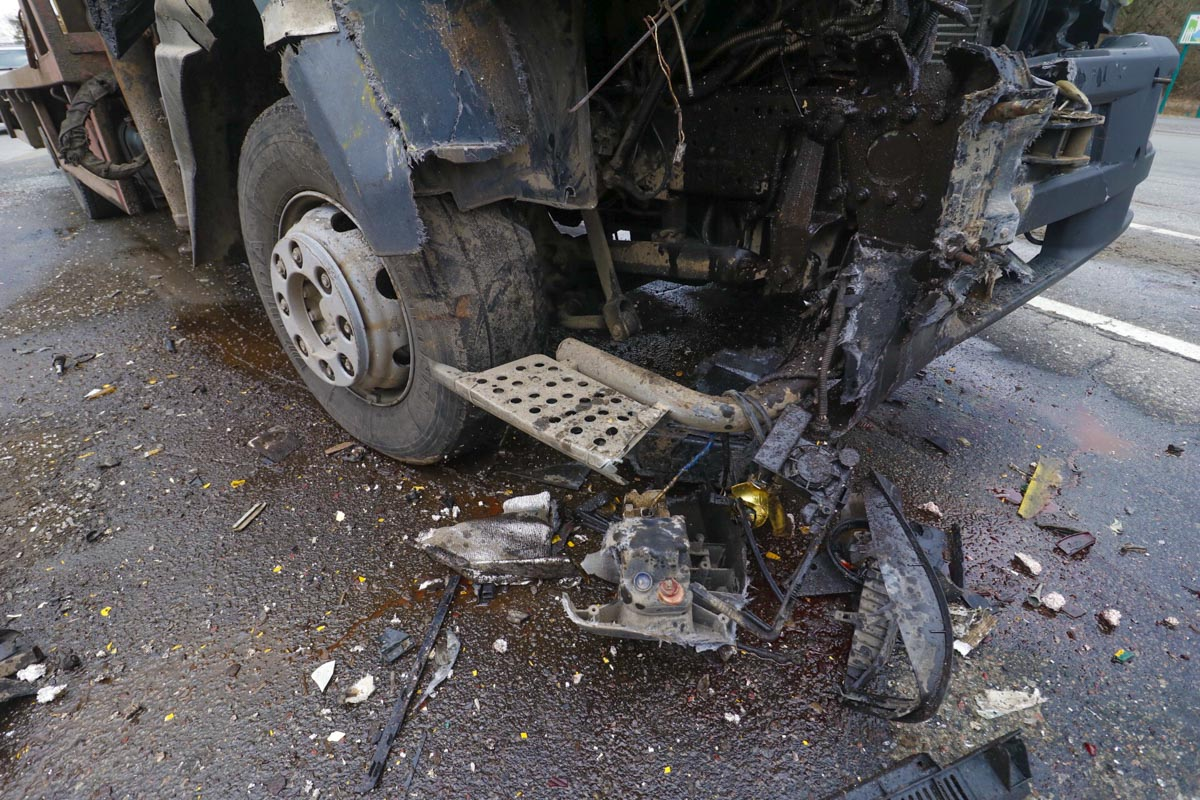 В Деснянском районе Киева произошла авария с участием двух автомобилей