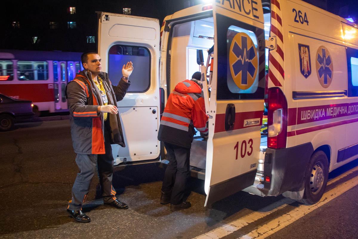 После оказания первой помощи пострадавшего госпитализировали в больницу