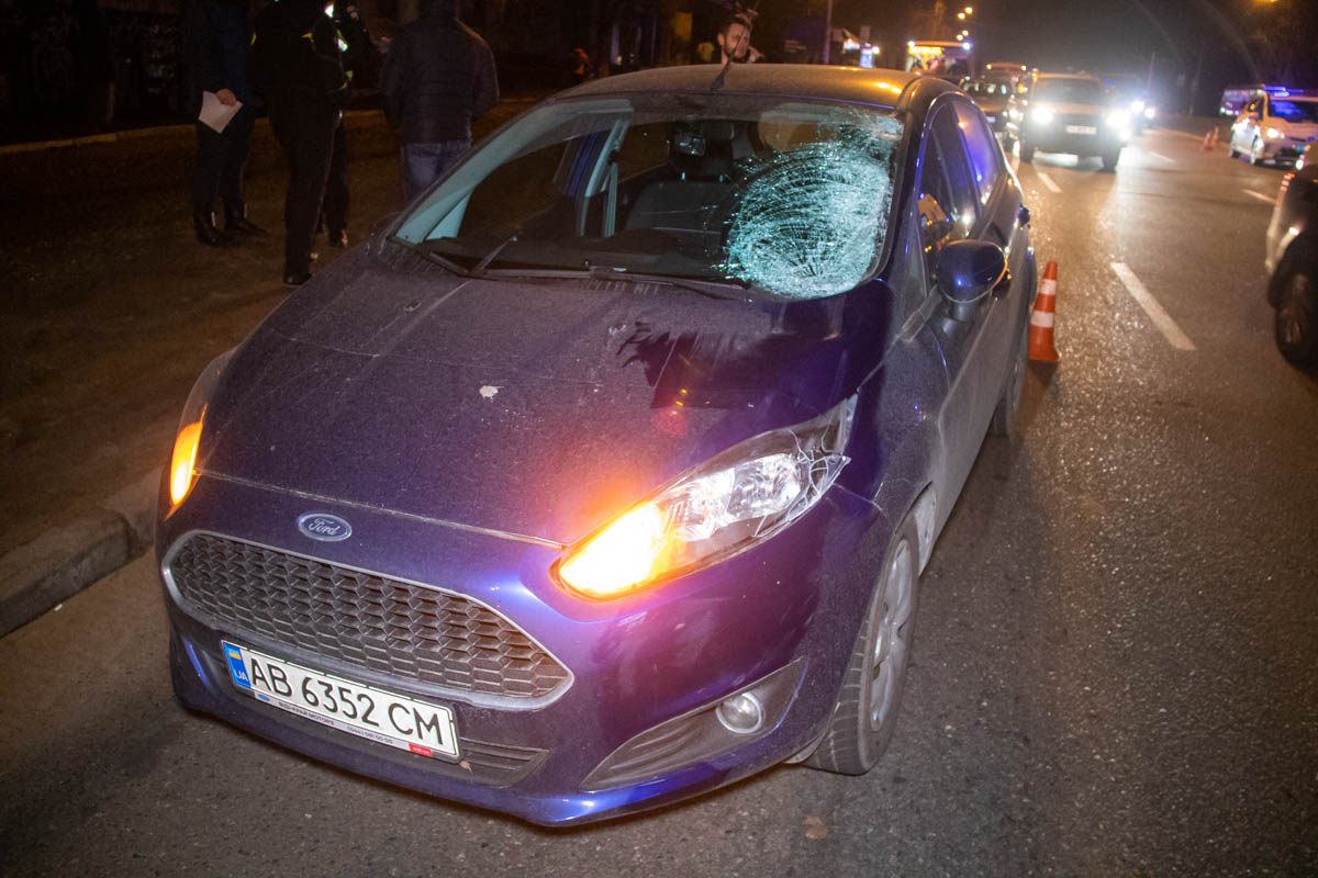 28 февраля в Киеве на Харьковском шоссе Ford сбил пешехода