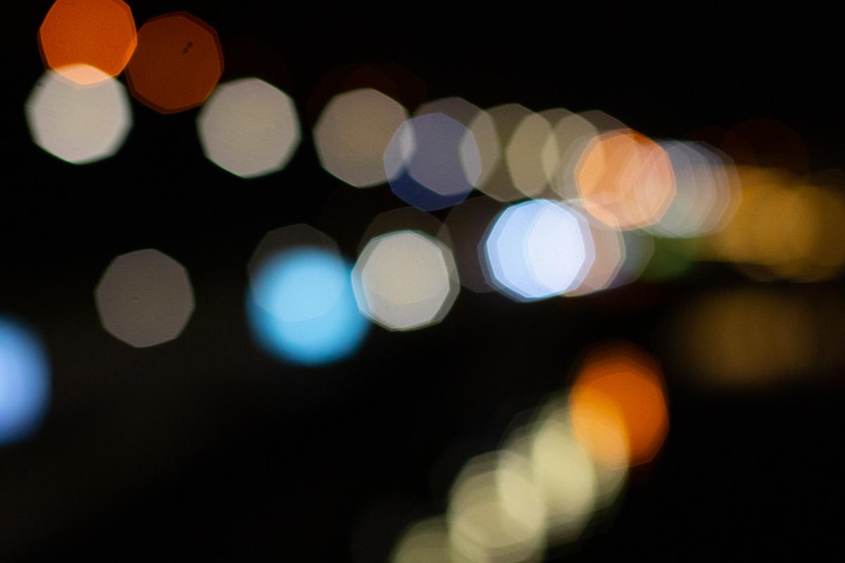 Расфокус ночных фонарей