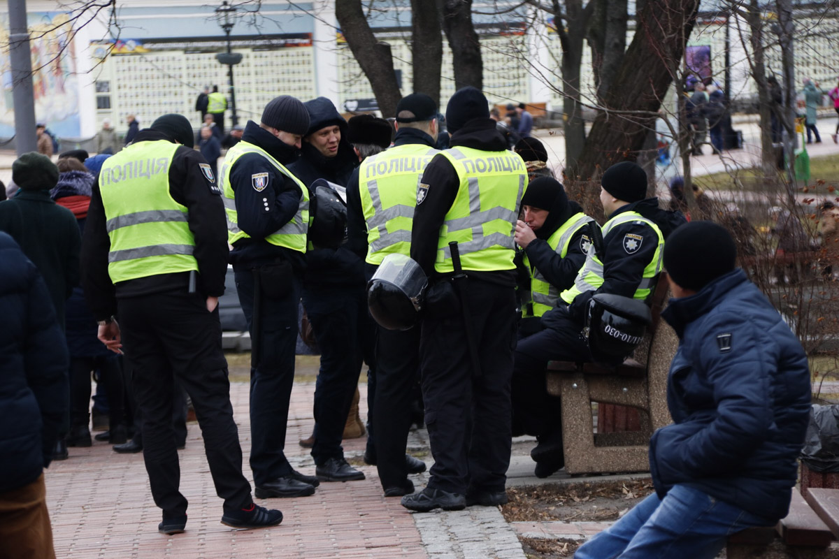 Наибольшее их количество расположилось около Михайловского собора