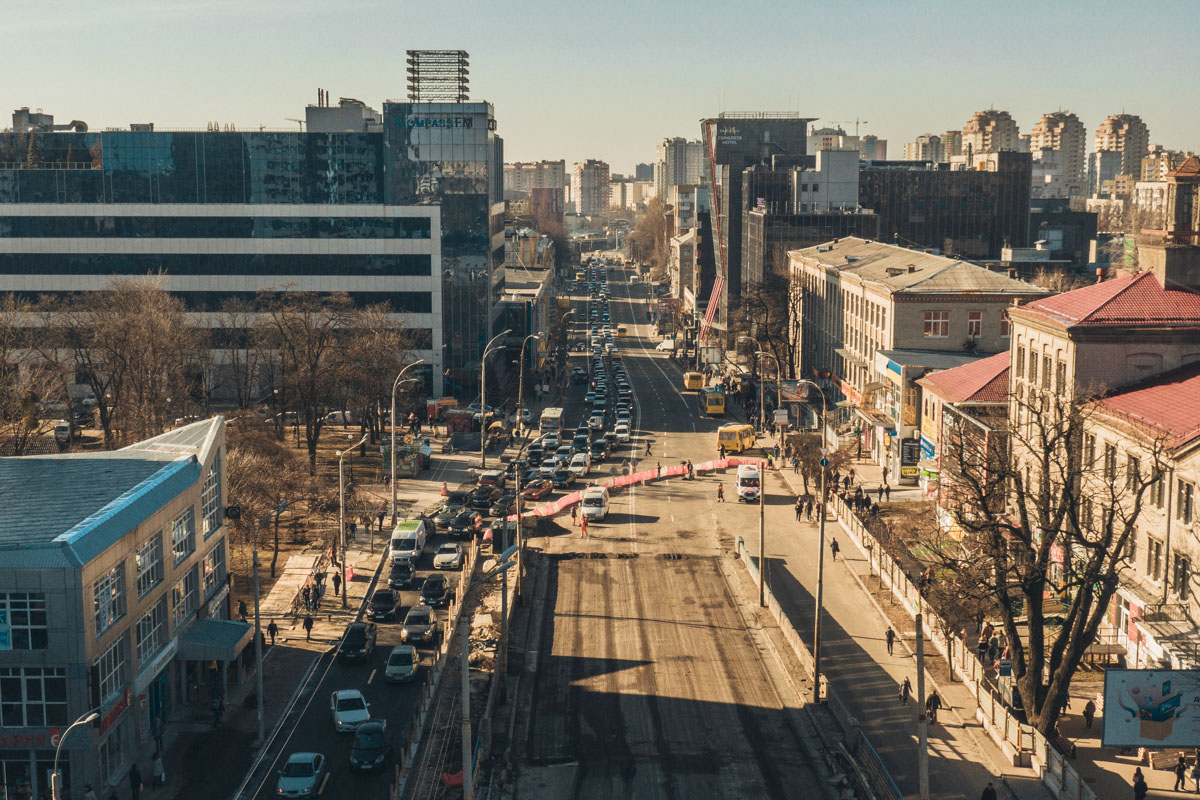 На время строительных работ в Киеве запустили альтернативную схему движения транспорта