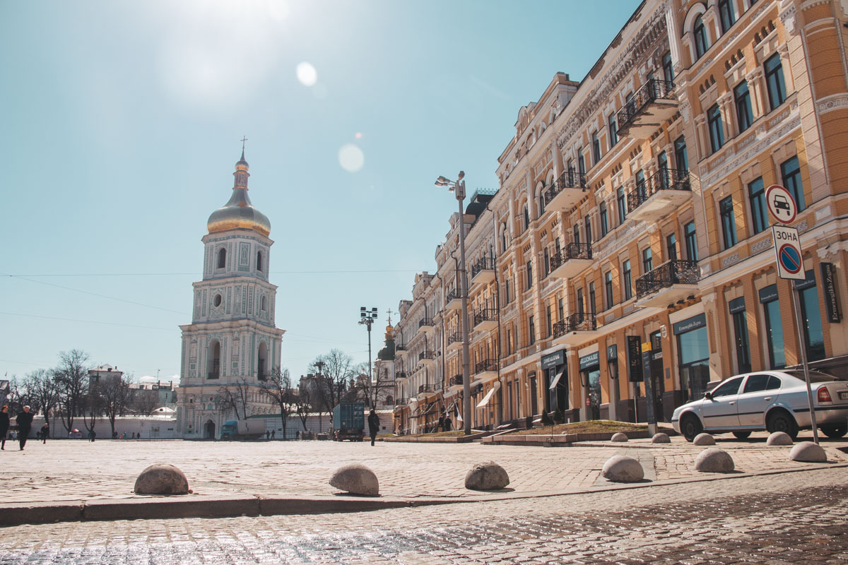 Софийская площадь снова стала полностью пешеходной