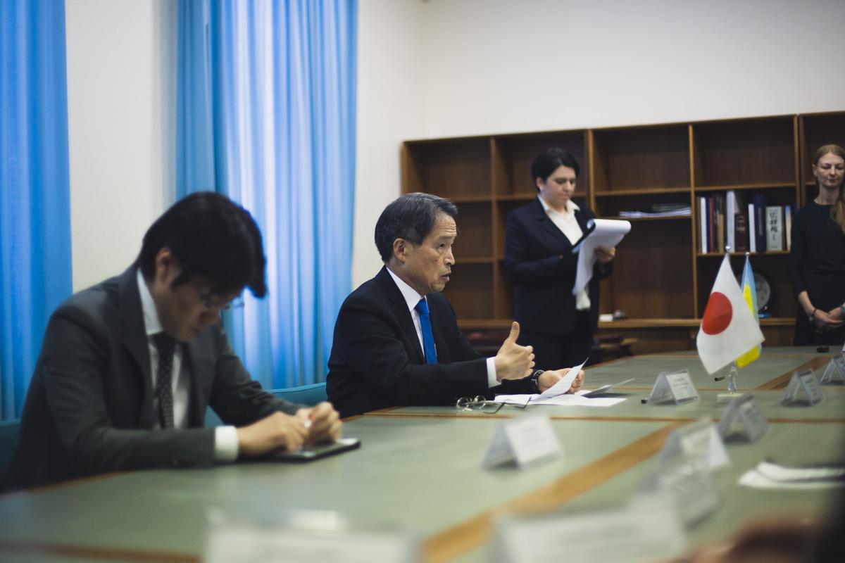 Чрезвычайный и Полномочный Посол Японии в Украине Такаши Кураи