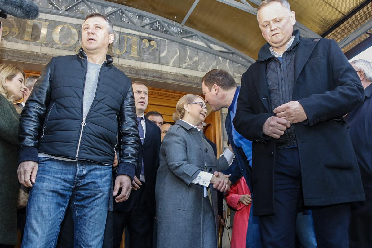 Избиратели очень тепло приняли Юлию Владимировну на участке