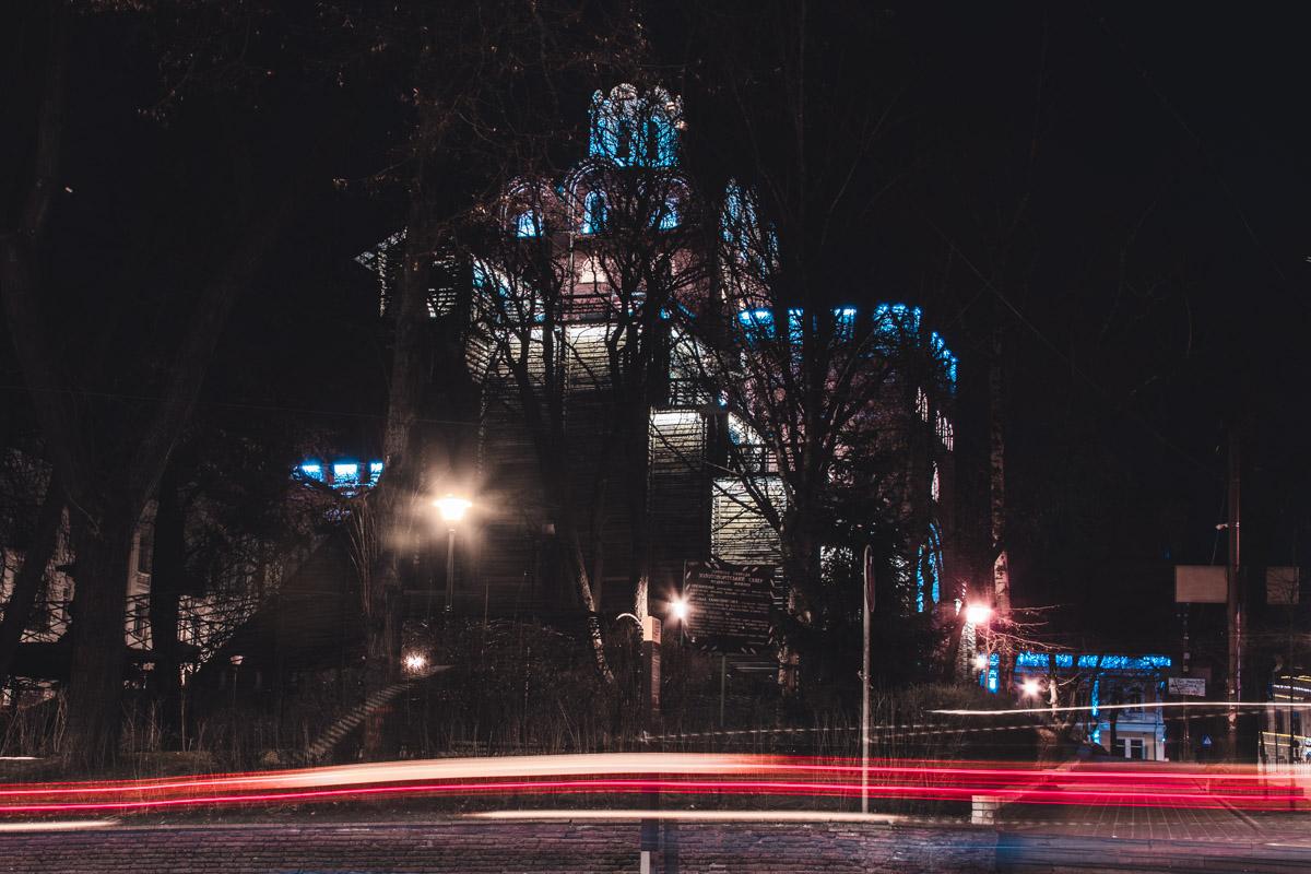 Золотые ворота охраняют сон жителей Киева