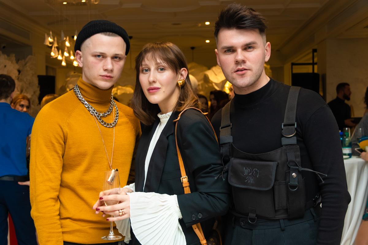 """Участники шоу """"Топ модель по-украински"""" не смогли пропустить такое мероприятие"""