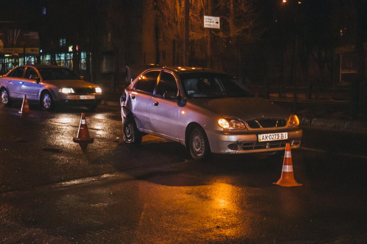 Обе машины двигались по Борщаговской в сторону центра