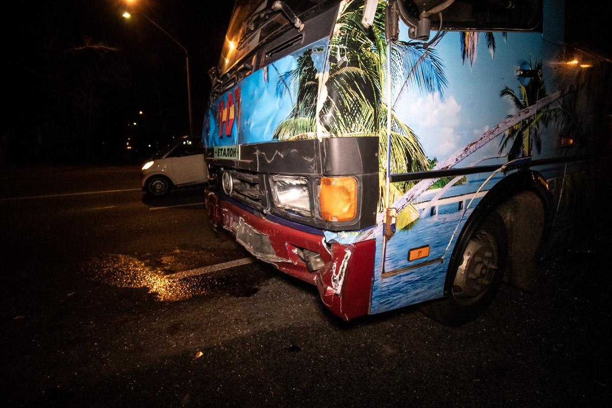 Автобус вез пассажиров из Житомира