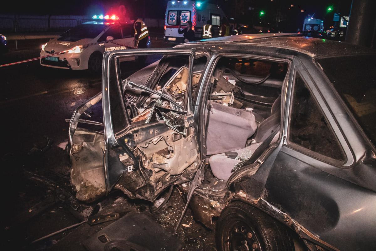В результате аварии травмы различной степени тяжести получила женщина-пассажирChevrolet Lacetti и парень изDaewoo Nexia