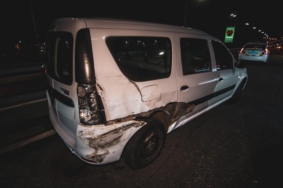 На Набережном шоссе произошло двойное ДТП с участием 5 автомобилей