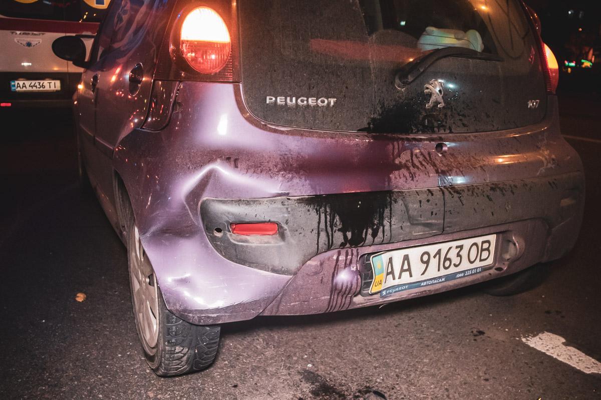 На проспекте Победы произошло ДТП с участием трех автомобилей