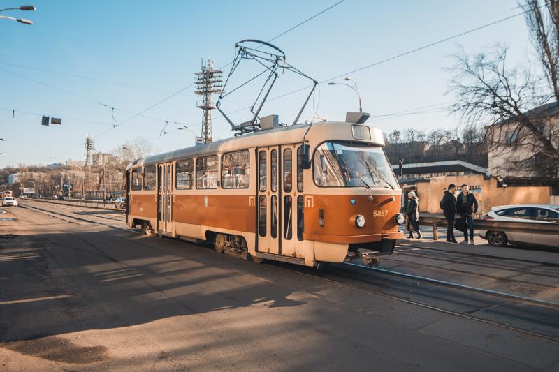В день трагедии трамваи сносило 14-метровой волной