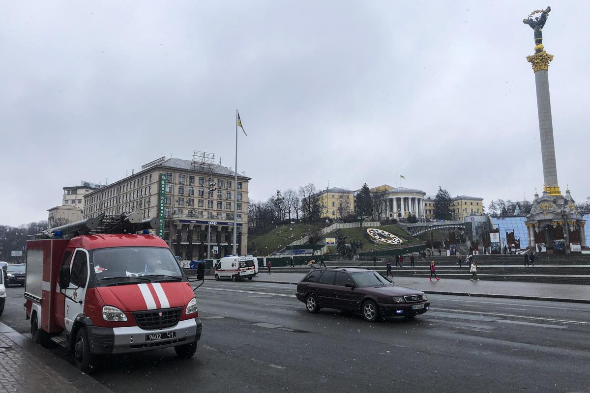 27 марта на линию экстренных служб поступил вызов о минировании Майдана Независимости