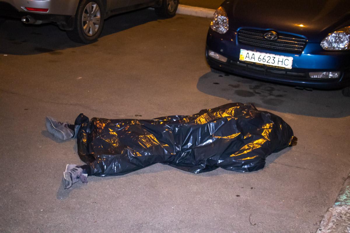 В пятницу, 15 марта, возле НАУ произошел смертельный инцидент