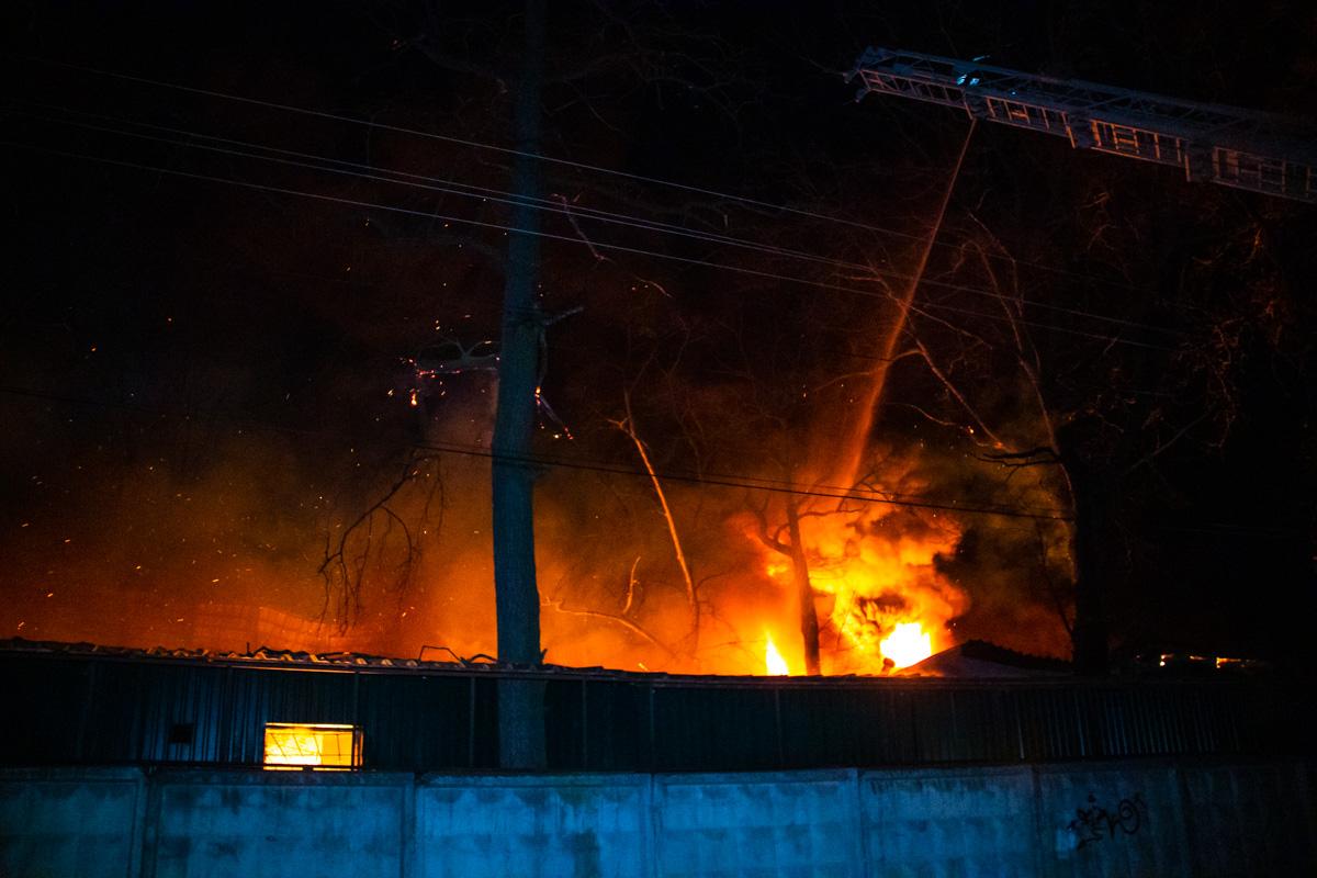 Из-за пожара пострадал один человек