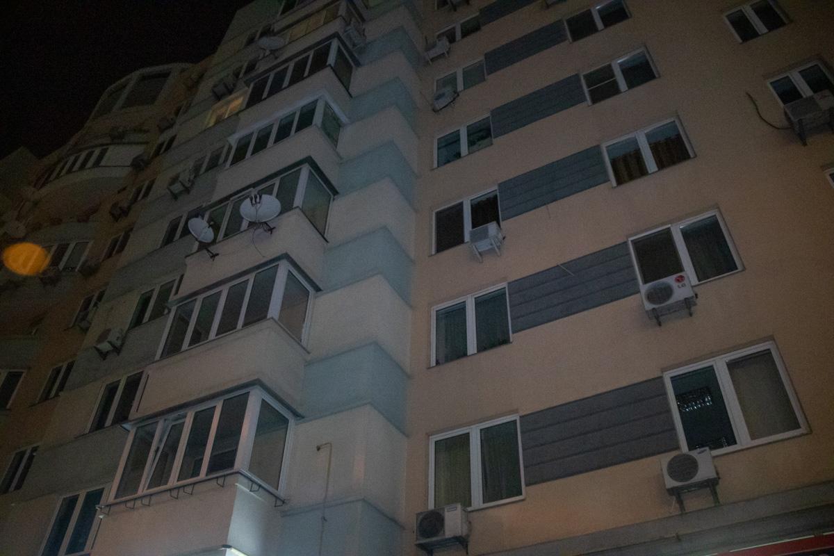 В ночь на 21 марта в Киеве по адресу улица Раисы Окипной, 4а произошла стрельба