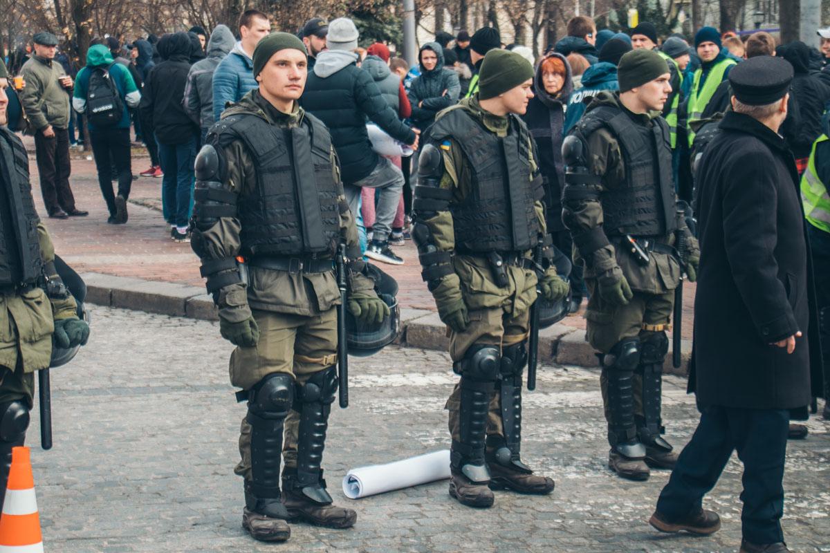 За порядком следили 1000 правоохранителей