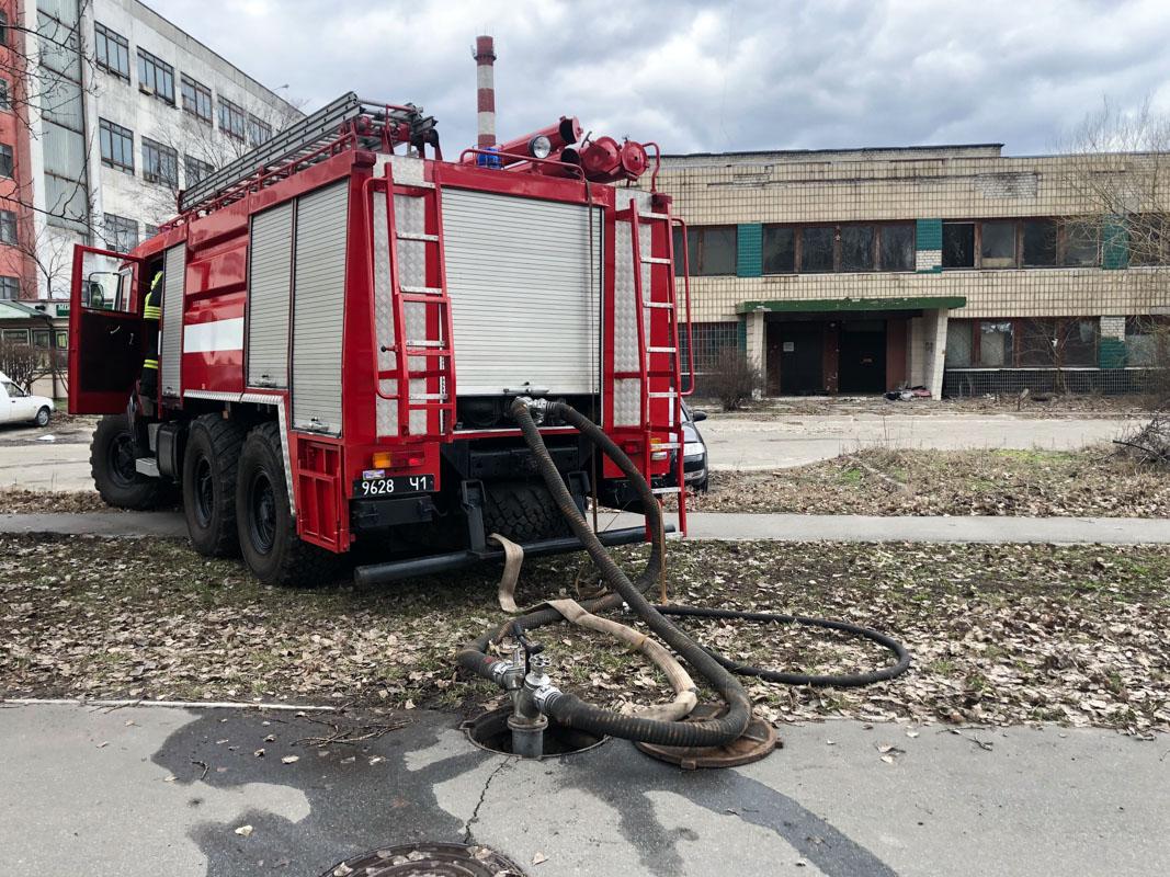 """В пятницу, 22 марта, произошло возгорание в одном из цехов завода """"Буревестник"""""""