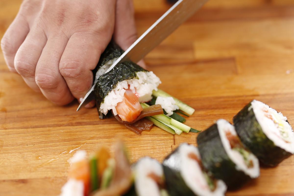 Научиться готовить знаменитые блюда японской кухни проще, чем вы думаете