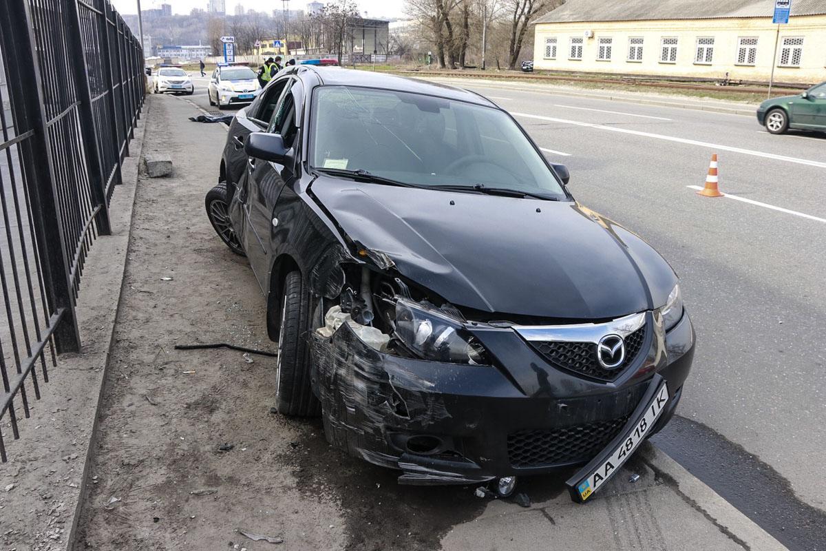 Автомобиль Mazda 3 сбил пешехода