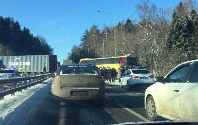 В Москве автобус с пассажирами из Украины столкнулся с фурой