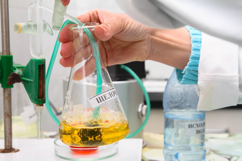 В лаборатории УкрХимАнализ для исследования водыиспользуются только сертифицированные приборы и методы химического анализа воды по ГОСТ