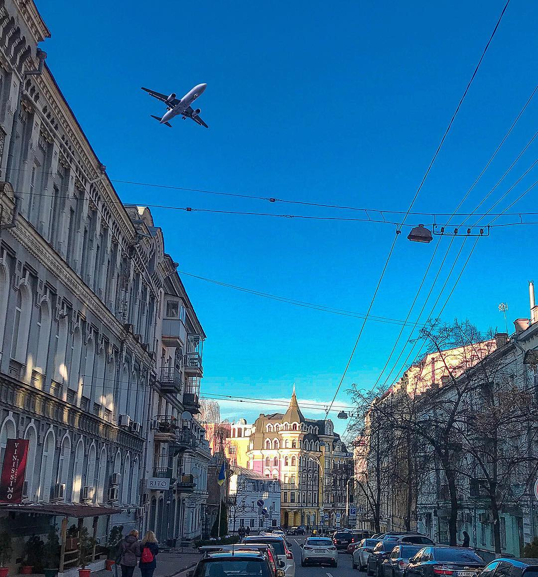 А самолеты покоряют небеса. Фото: @berssalice_photo
