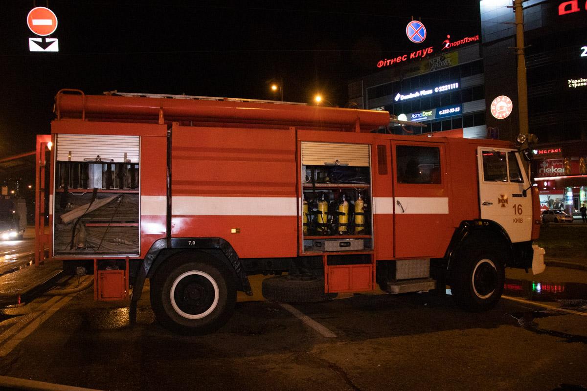На месте работали две единицы пожарной техники