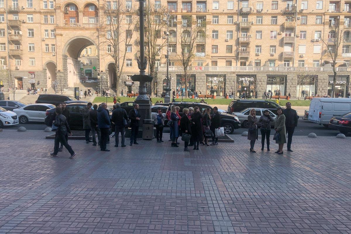Из КГГА эвакуировали сотрудников и посетителей