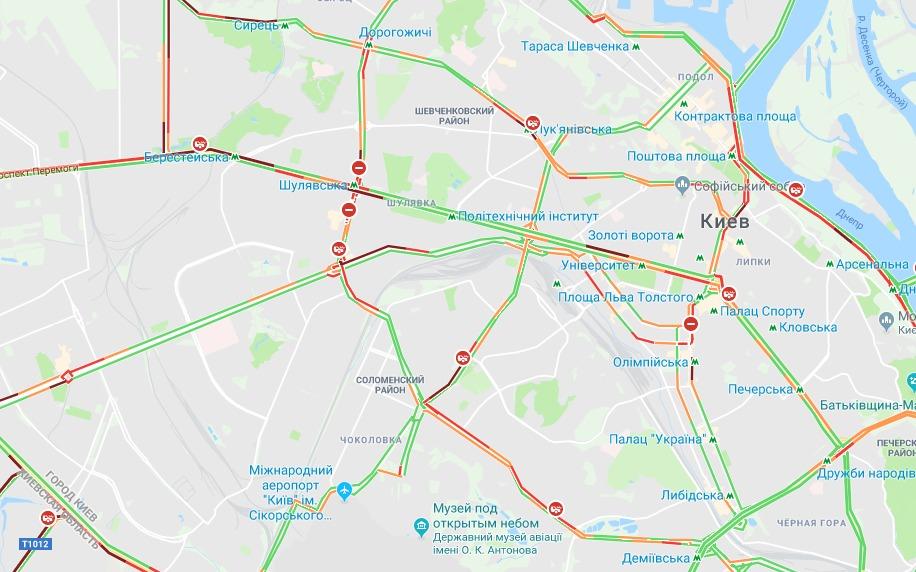 Дорожная ситуация в Киеве на правом берегу
