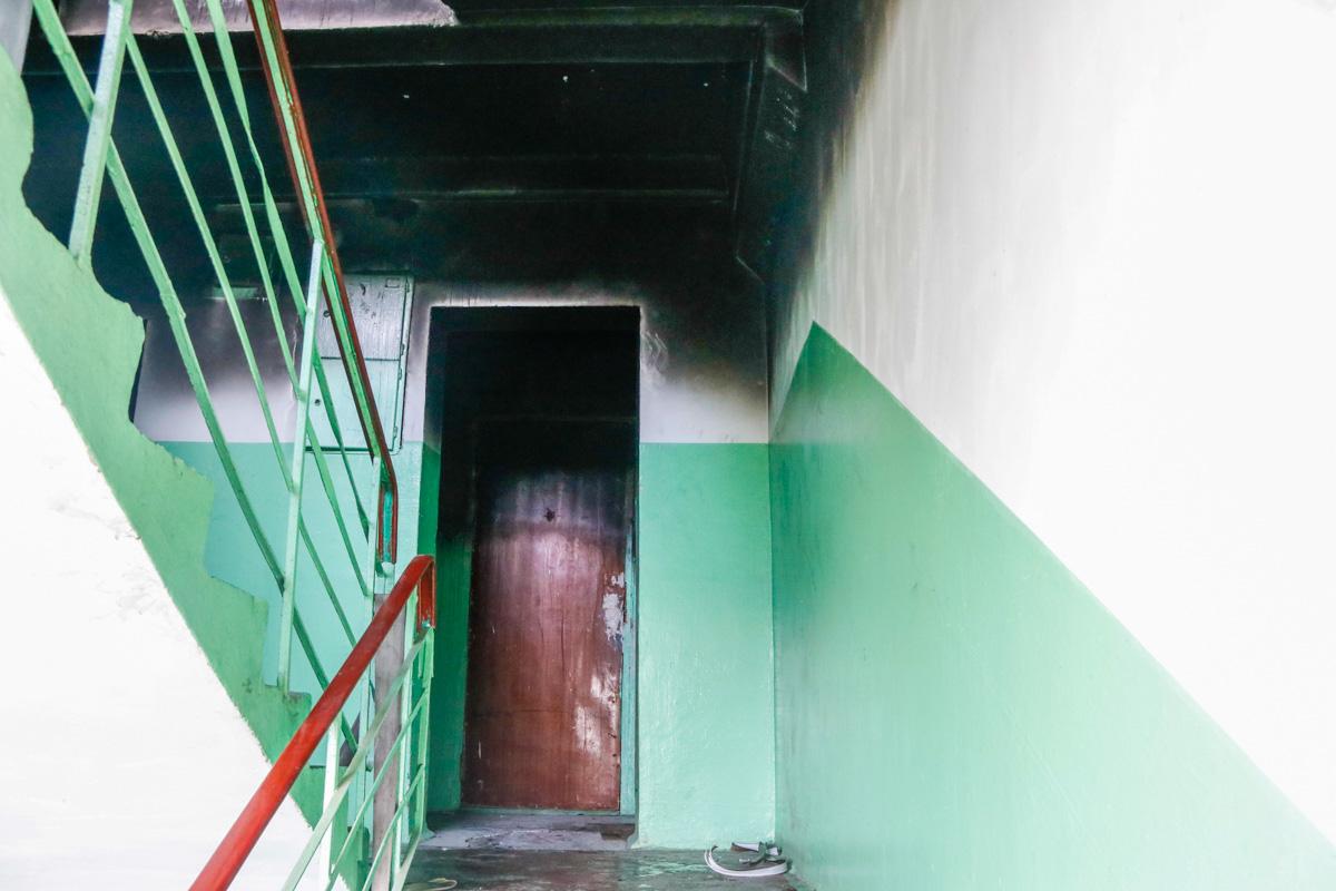 В жилом 9-этажном доме по адресу улица Сикорского, 6, произошел пожар в квартире №87 на 8 этаже