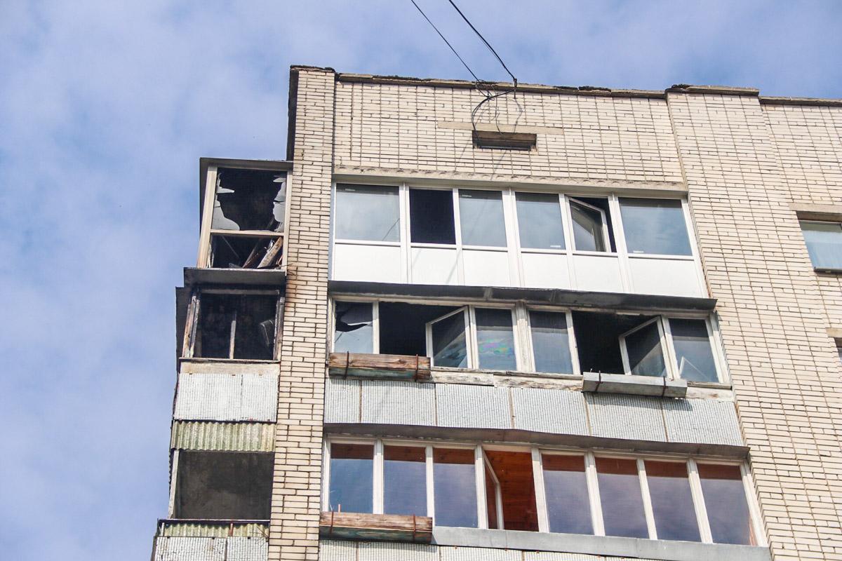 В Киеве по адресу улица Макеевская, 8 в жилом доме произошел пожар