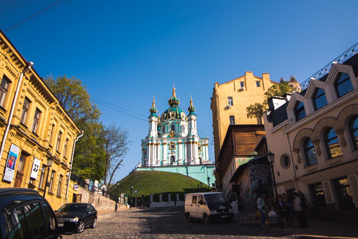 Возле жемчужины киевской архитектуры обустроят территорию