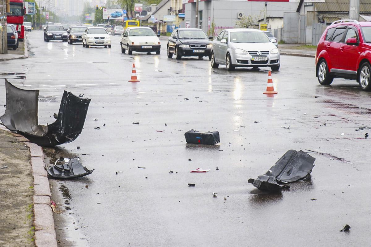 На Харьковском шоссе столкнулись Suzuki и Fiat