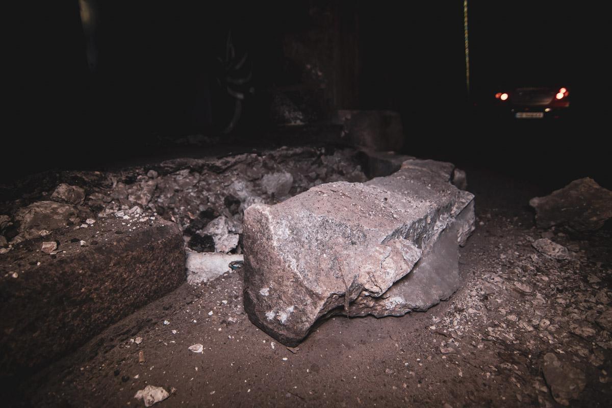 По словам водителя, авария произошла из-за скользкой дороги