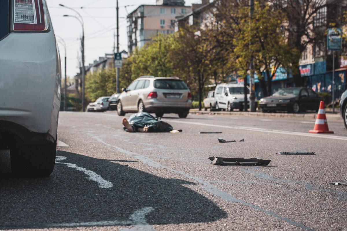 От полученных повреждений мужчина скончался на месте