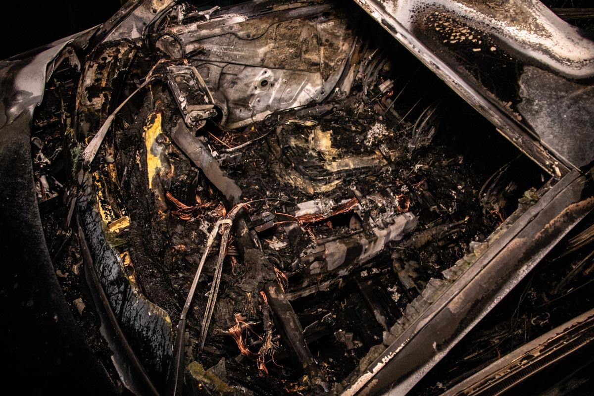 Салон Porsche выгорел