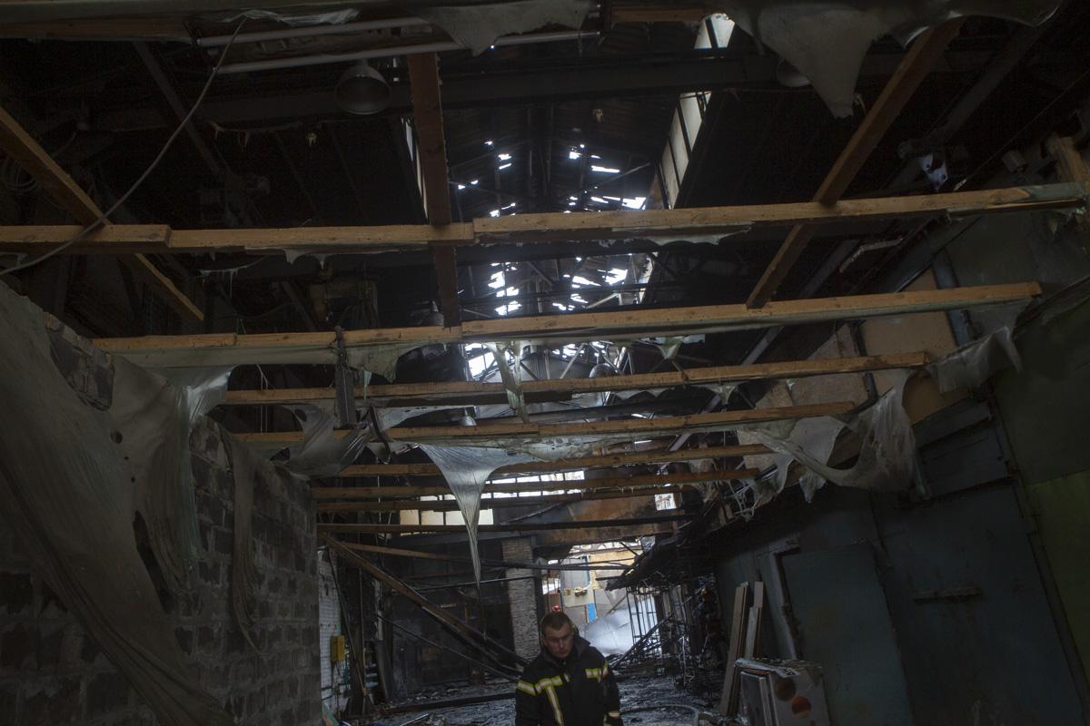 Со стихией боролись спасатели трех пожарных частей