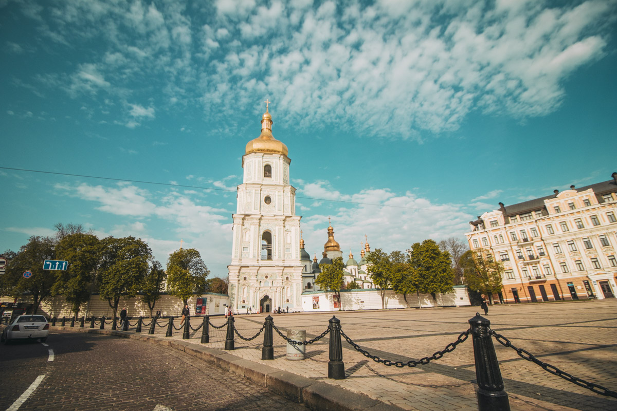 На Софийской площади - безлюдно